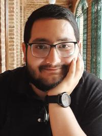 محمدمهدی جاهدی : دبیر پژوهش ادبی پایه دهم