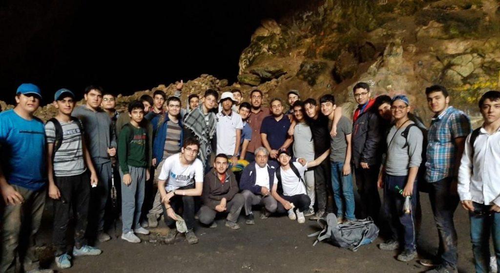 برگی از خاطرات (۲۶ تیر ۹۸- اردوی غار رودافشان)
